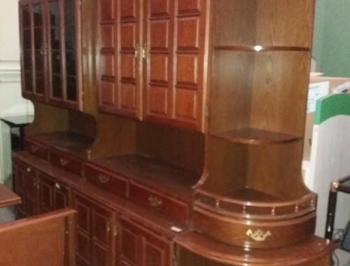 Credenza Con Tavolo : Credenza rustica con tavolo all. e 3 panche traslochi san severo